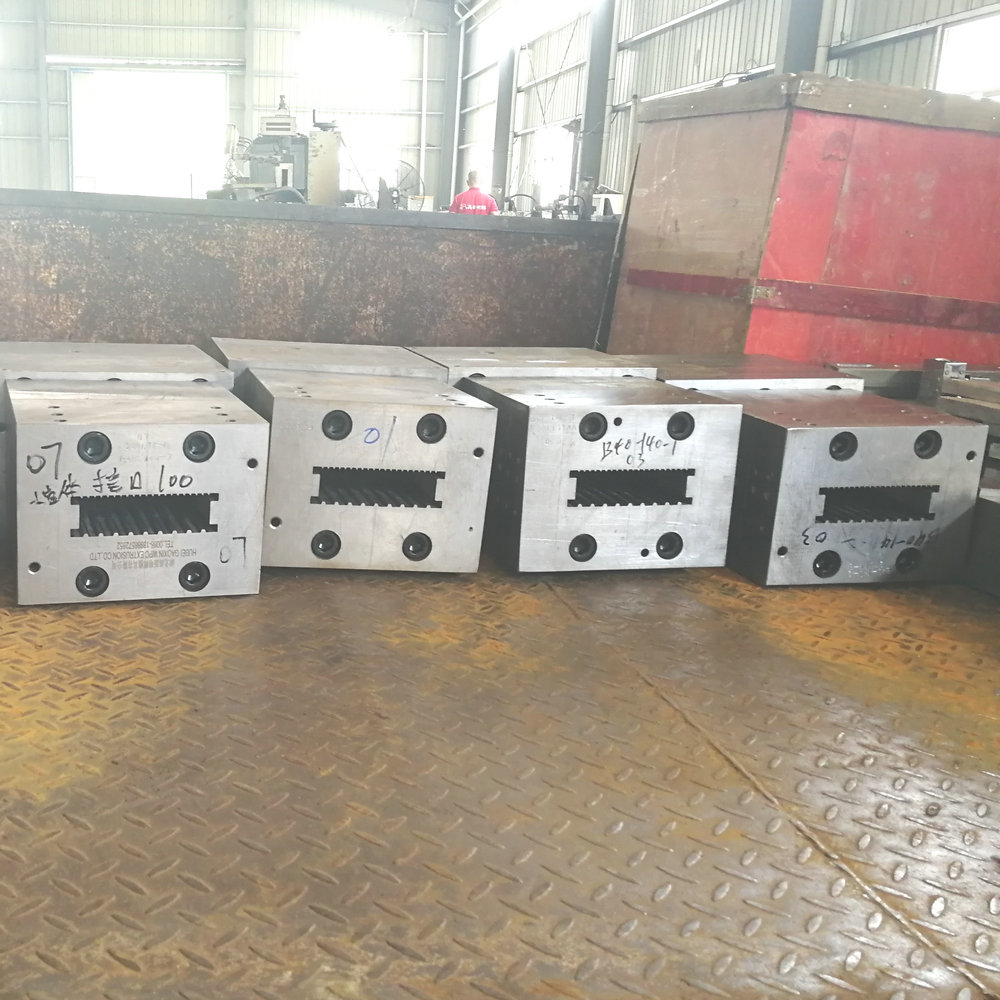 hollow decking extrusion mould