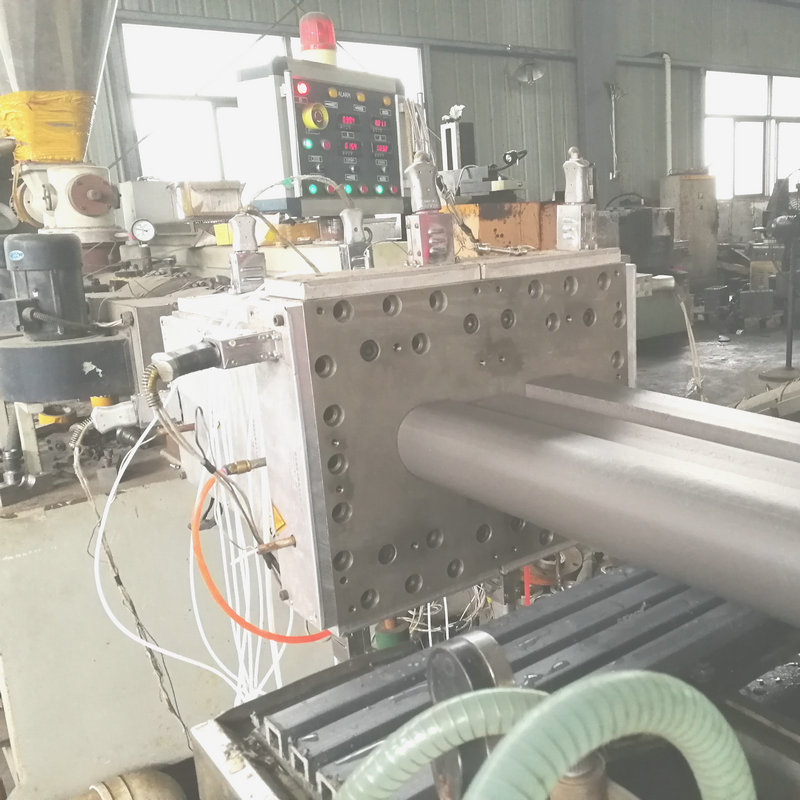 WPC handrail extrusion mould
