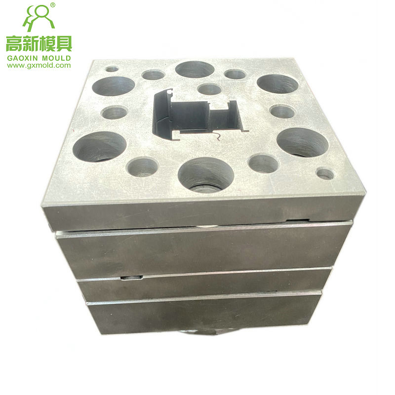 UVPC extrusion mould