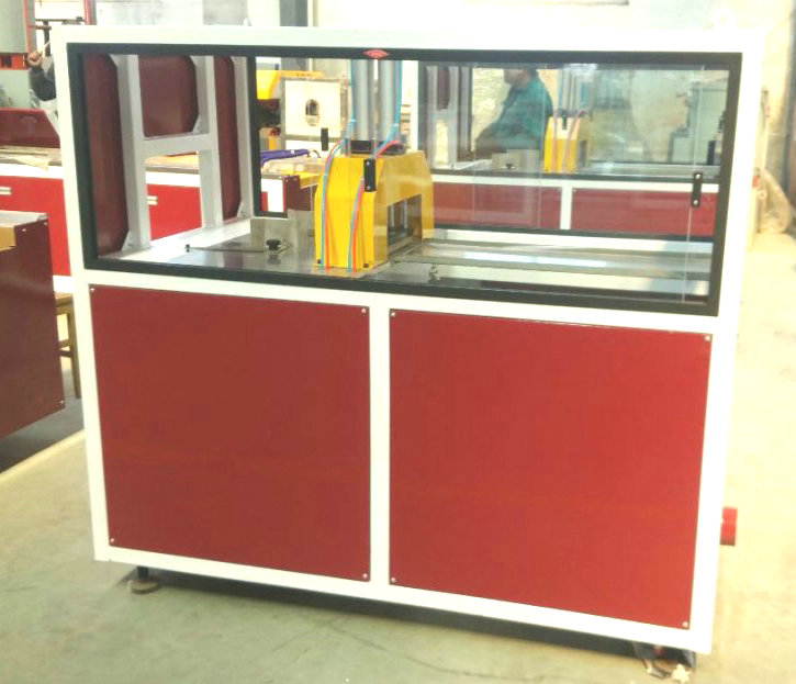 extrusion machine of cutter