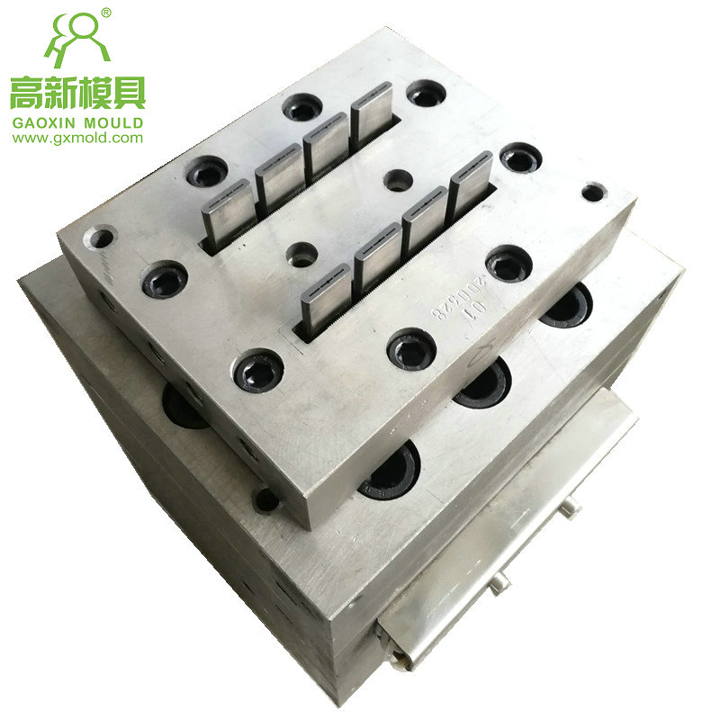 extruder mould for WPC fence