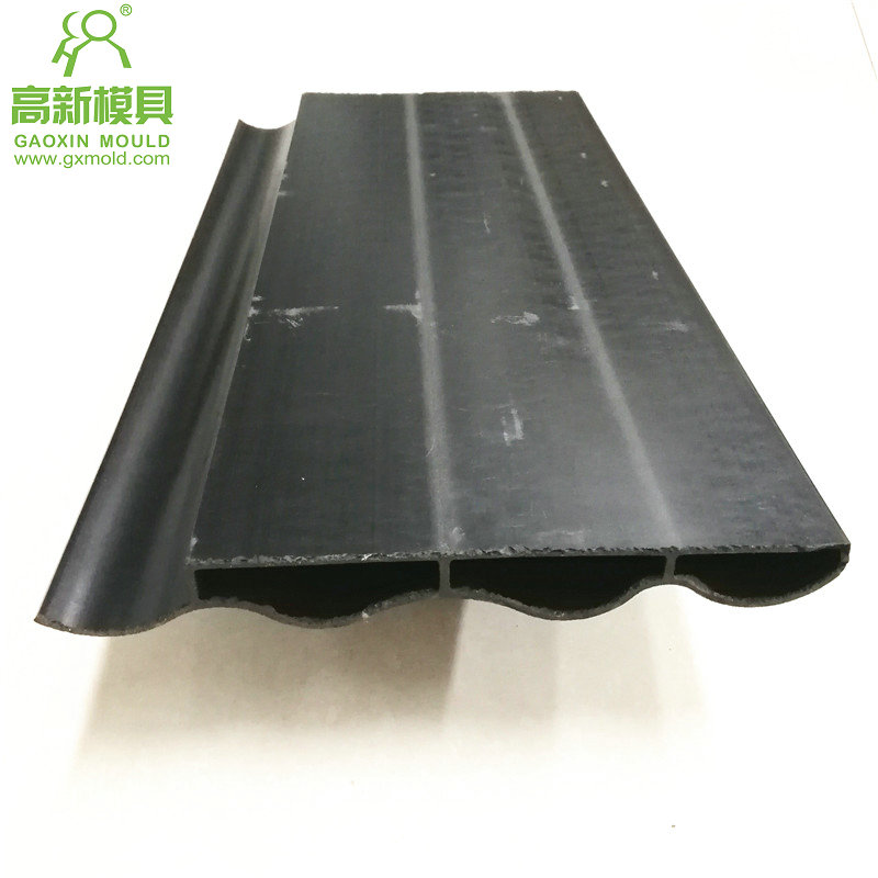 extrusion mould for WPC roof