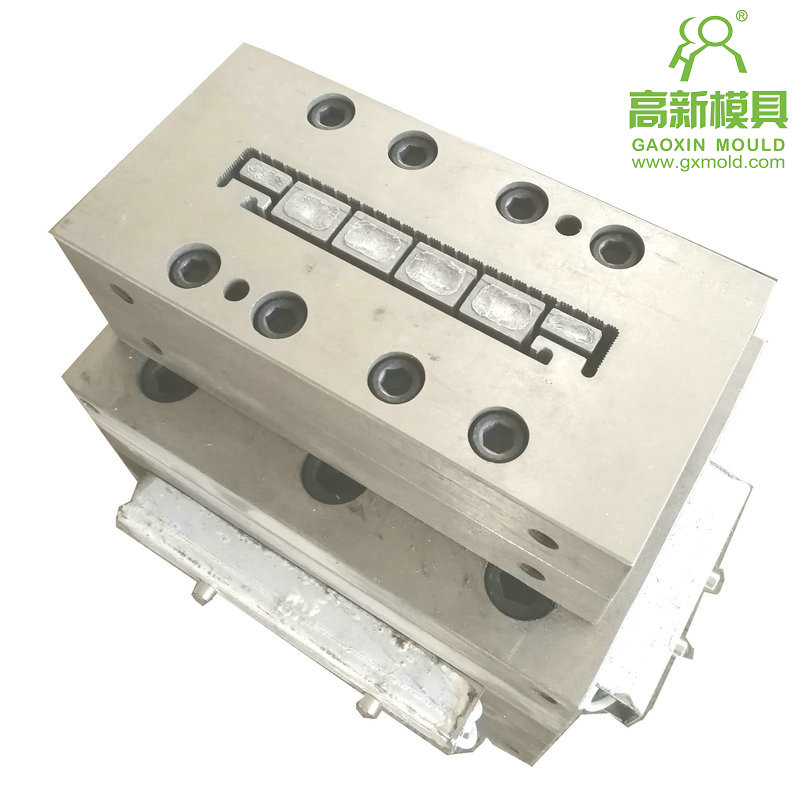 extrusion mould for WPC decking