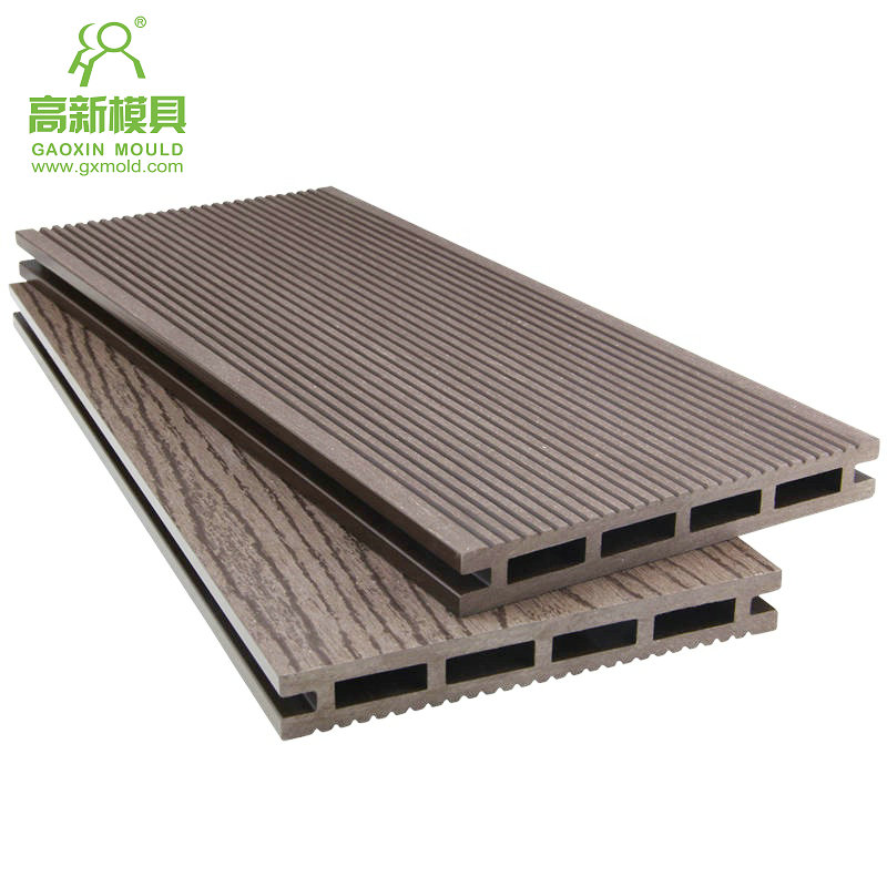 extrusion mould for WPC decking 2