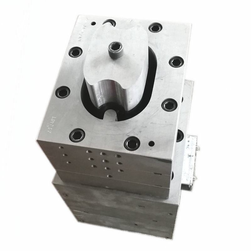 extrusion mould for wpc beams