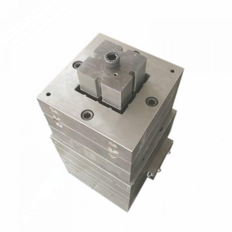 plastic post extrusion mold