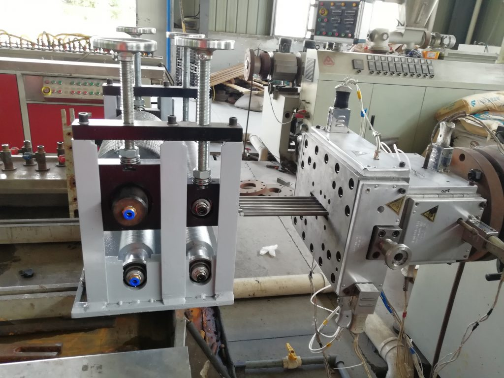 on line embossing devise